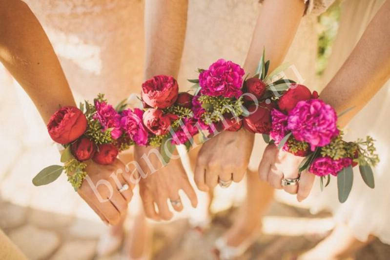 Бутоньерки на свадьбу для подружек невесты